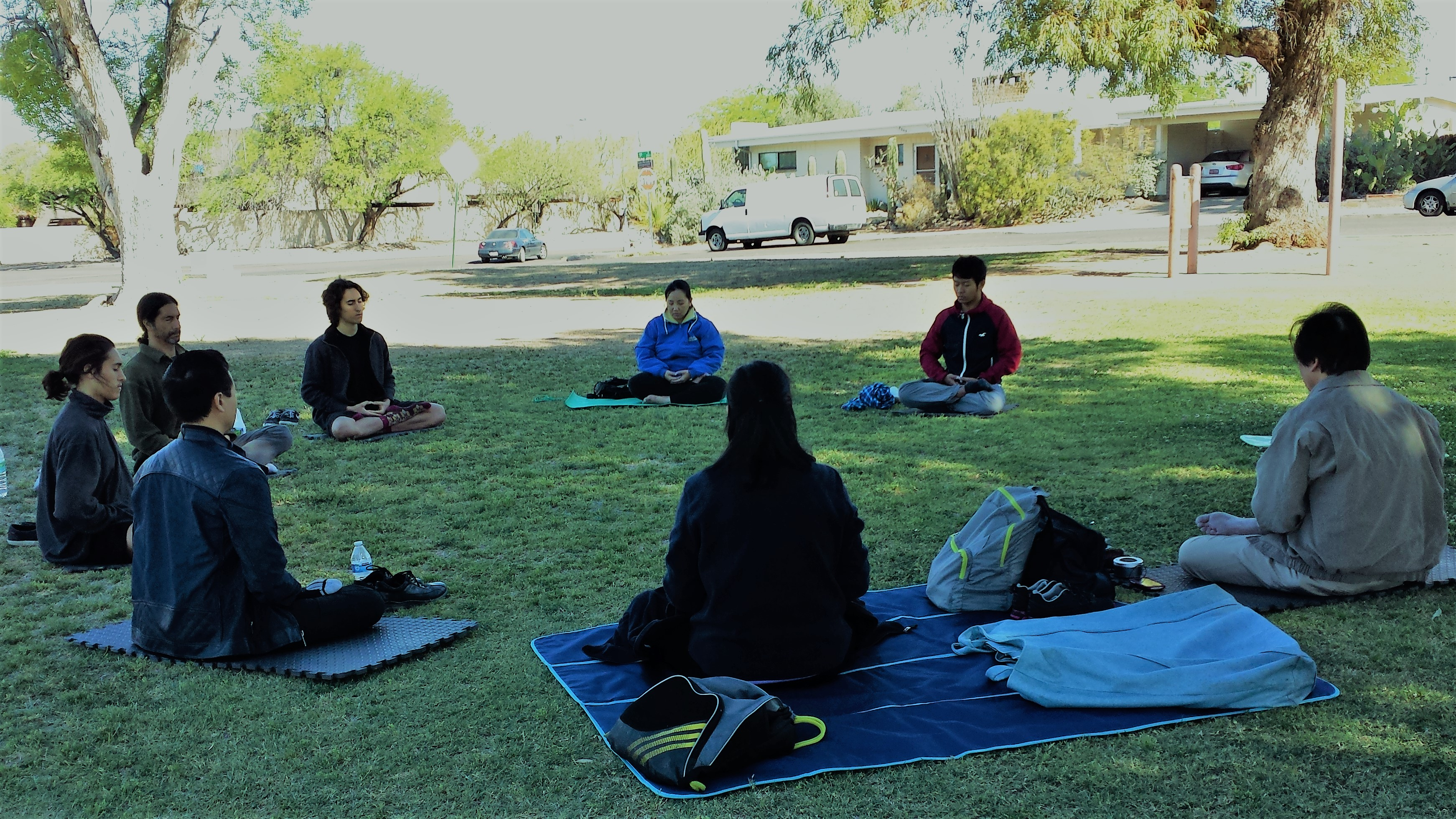 Falun Dafa Mediatation at Himmel Park Tucson AZ